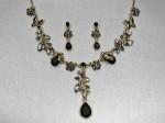 Black Bee Necklace Set