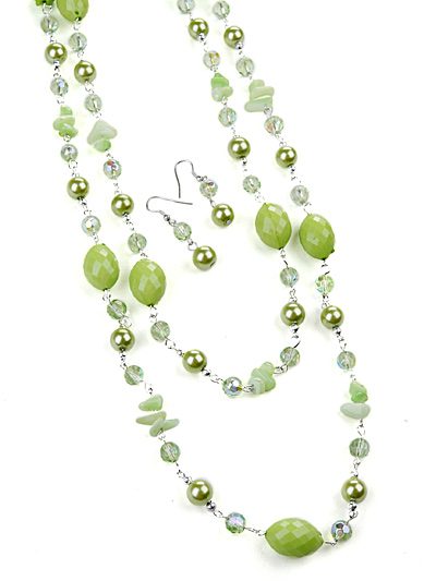 Green Jewelry in Beads, Green Beaded Necklace