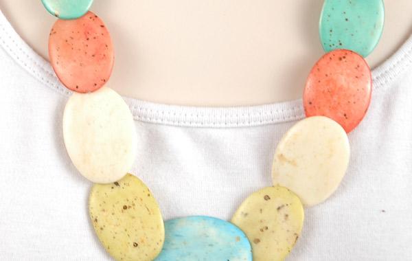 Pastel Multicolored Bone necklace