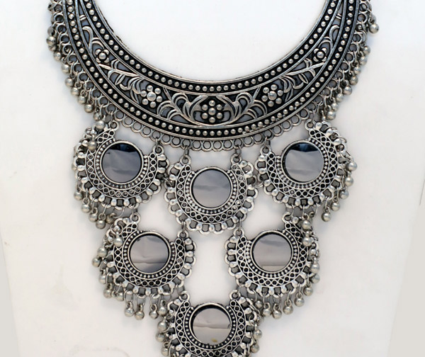 Choker Silver Necklace with Mirror Inserts On Accents