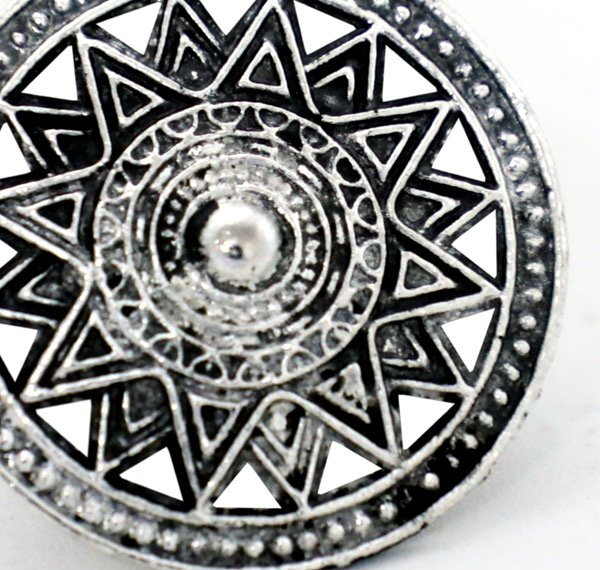 Antique Mughal Design Round Shaped Ring
