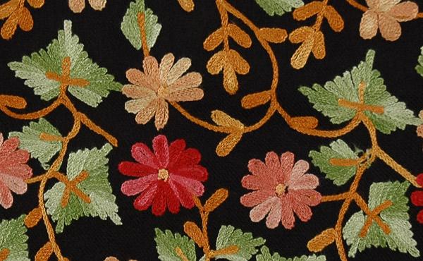 Blooms Woolen Black Stole