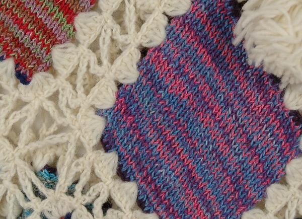 White Givry Fall Crochet Poncho