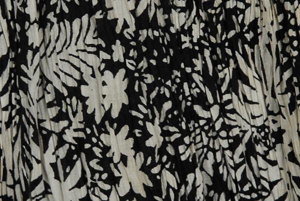Black White Boho Crinkled Ladies Short Skirt